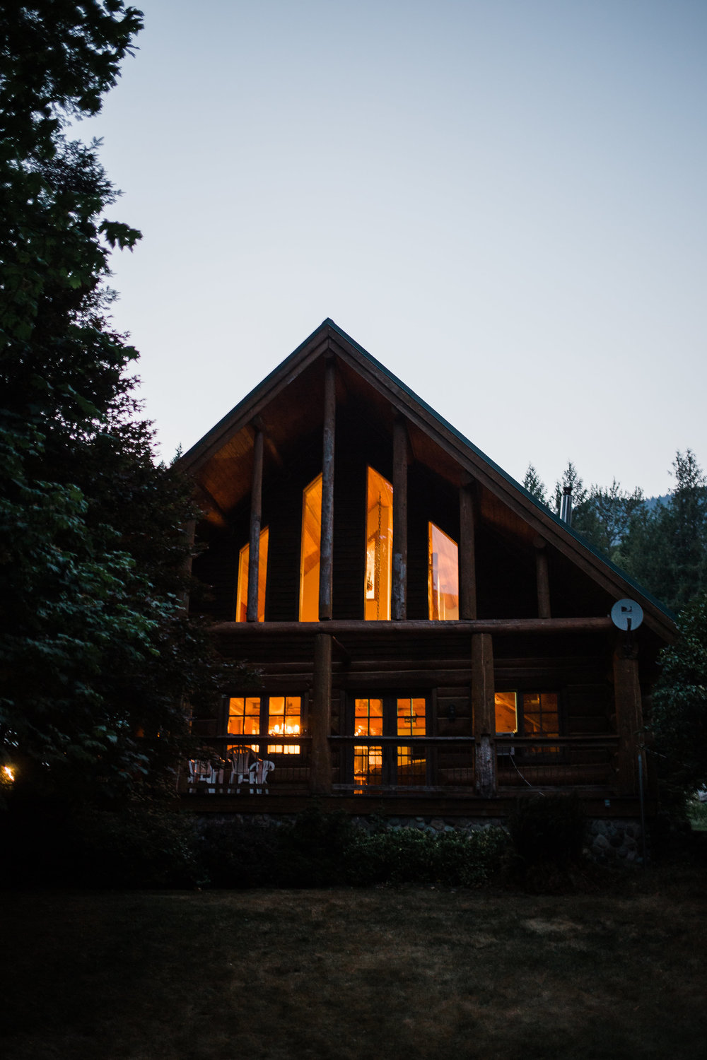 Washington Mount Rainier Cabin Wedding