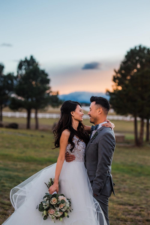 Pikes Peak backdrop wedding photos Colorado Springs