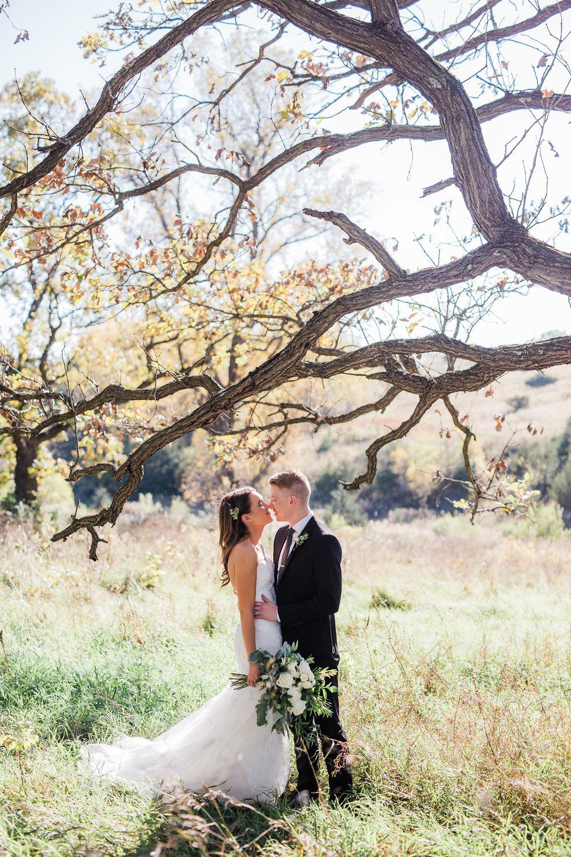 Outdoor wedding photographers in Minneapolis Minnesota