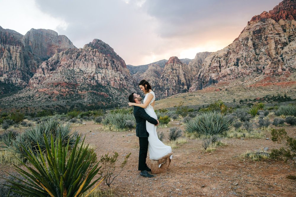 Red Rock Canyon Las Vegas elopement photography