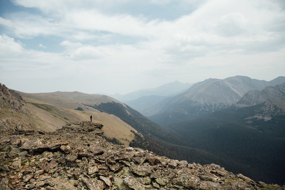 Epic view of Trail Ridge Road in Rocky Mountain National Park with adventure wedding photographer Kyle Loves Tori Photography