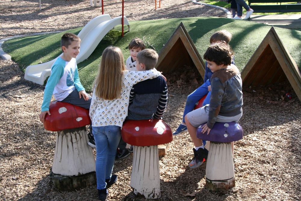 sub-urban-mothersgroup-park-children-hawthorn