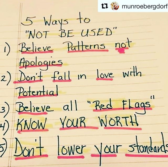"""Wise words kids. 🙏🏾 #Repost @munroebergdorf with @get_repost ・・・ """"When someone shows you who they are, believe them thefirst time"""" -Maya Angelou. // via @naturalhairrules"""