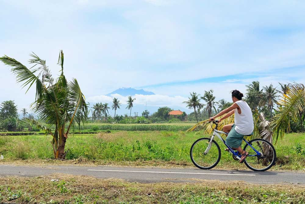 cycling around Medahan village - Gianyar