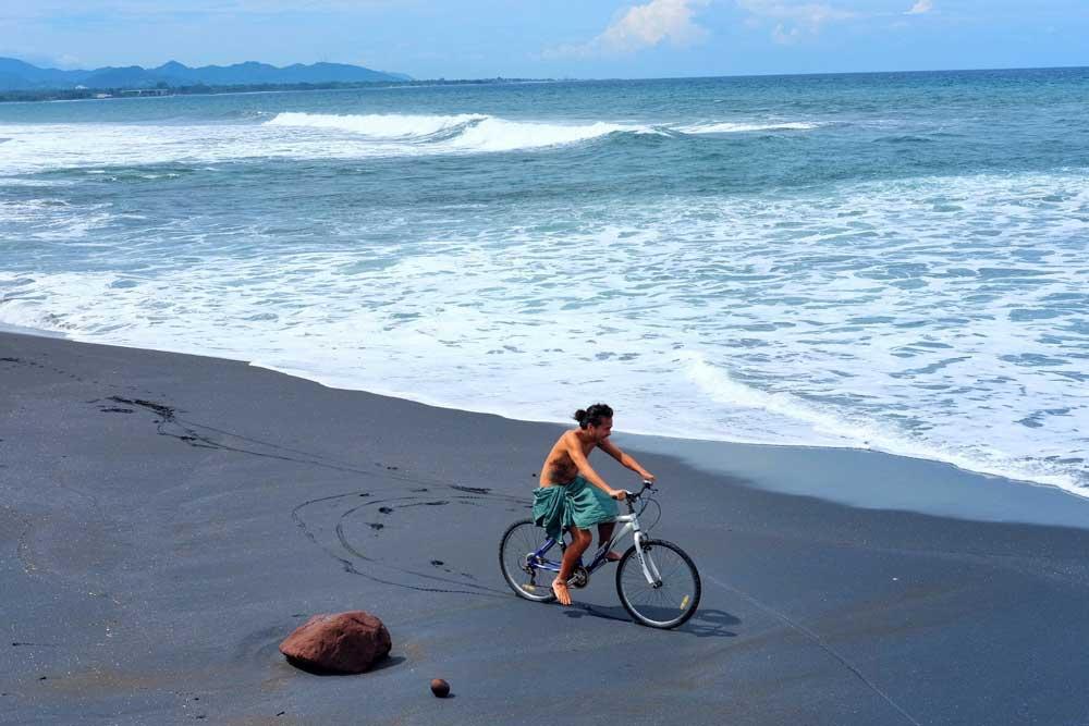 Asoka-Pantai-Masceti-13.jpg
