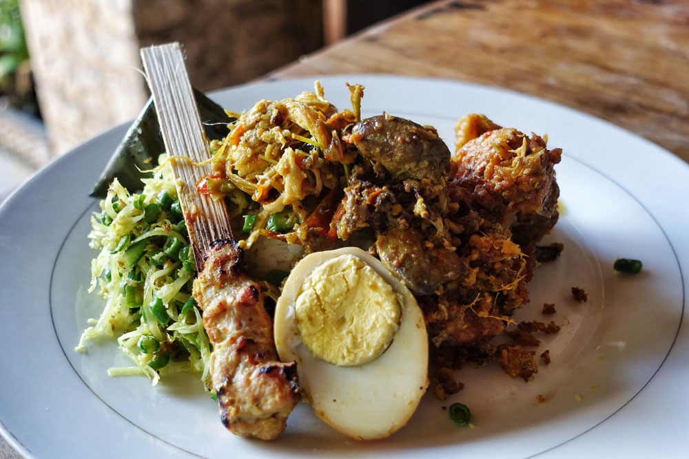 Nasi Campur Bu Oki Dan Be Sanur 2 Warung Makan Wajib Di Bali