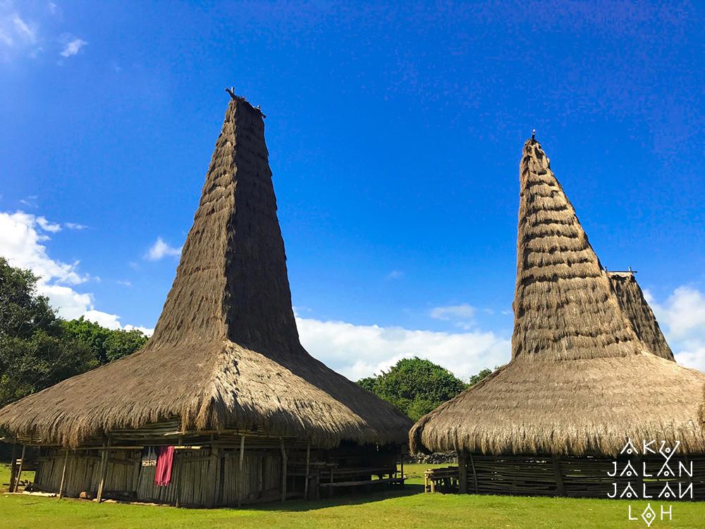 Asoka-Remadja---Desa-Ratenggaro-Sumba-Barat-7.jpg