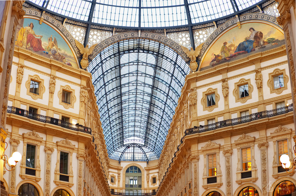 Galleria Vittorio Emanuele has its beauty.