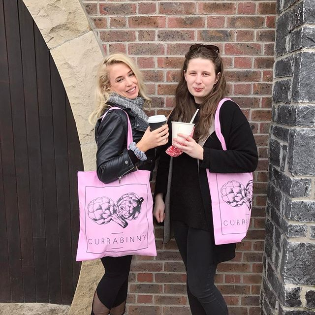 Our first #CurrabinnyTote customers of the day!