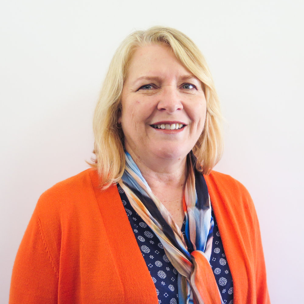 Sue Sweet - Sue is based in Noosaville, so we a thrilled to extend our support to students in the Sunshine Coast region. Sue is very passionate about helping children to reach their full potential and is ready to get started. In her spare time, Sue enjoys time with family, friends and particularly reading with her 7 grandchildren!