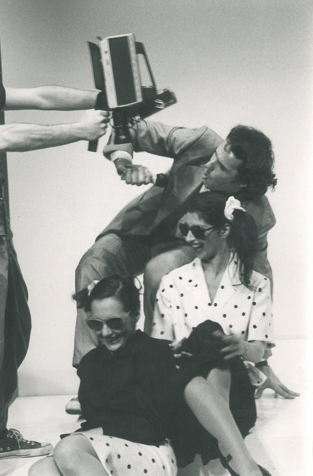 nel ruolo di Oddy Guarda in Kessy Canta, regia di C. Carafoli, Compagnia Teatro Eliseo - 1989-90