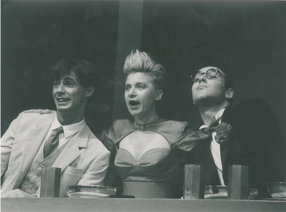 Nel ruolo di Silvano in Mai e poi mais. regia di Claudio Carafoli, Compagnia Teatro Eliseo 1989. Da sinistra Daniele Giarratana, Cristina Noci e Marco Vallarino
