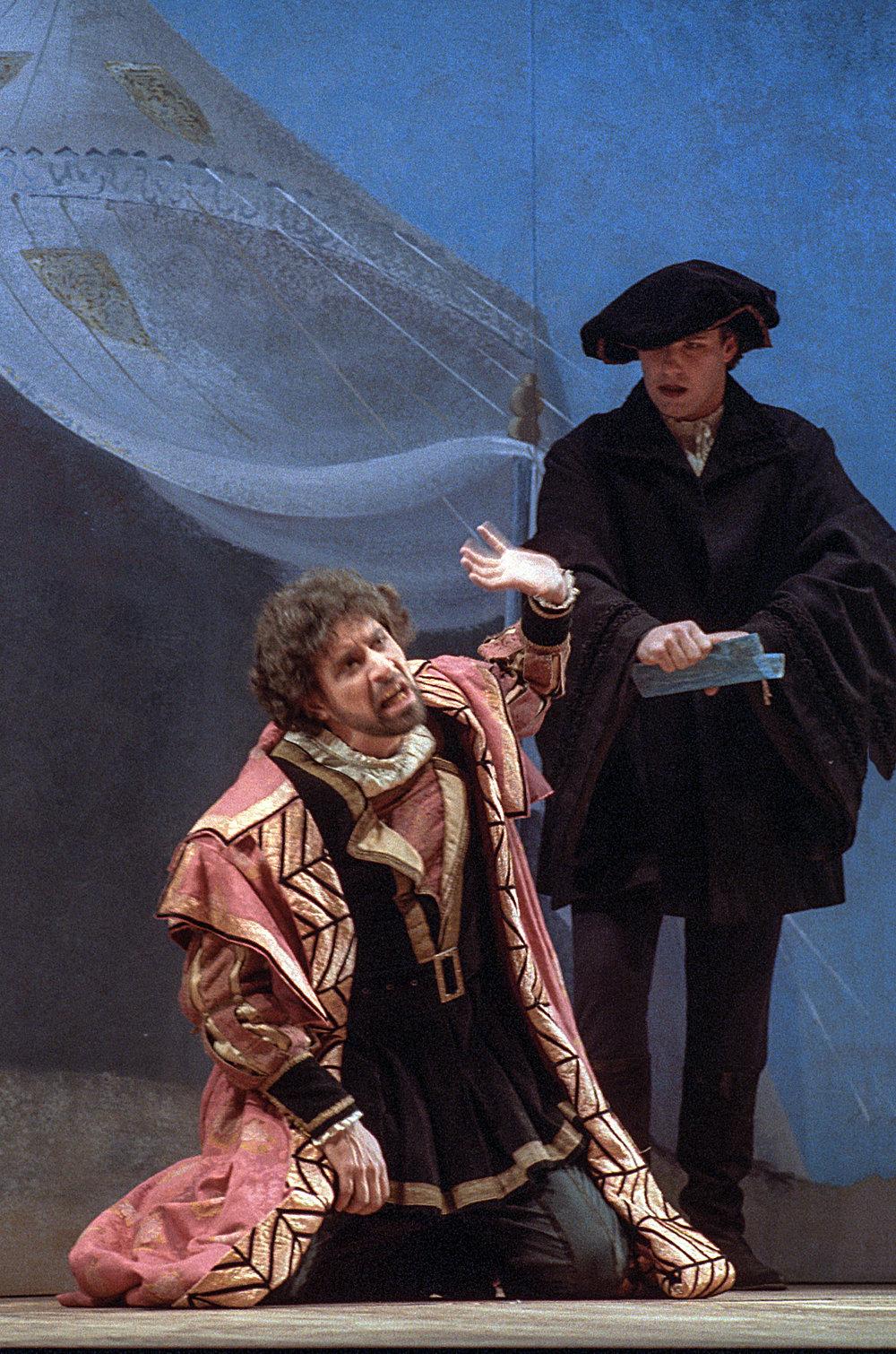 """Nel ruolo dell'ambasciatore ne """" Il viaggio di Uliva"""" - regia di Mario Missiroli - 1992 - con Edoardo Siravo"""