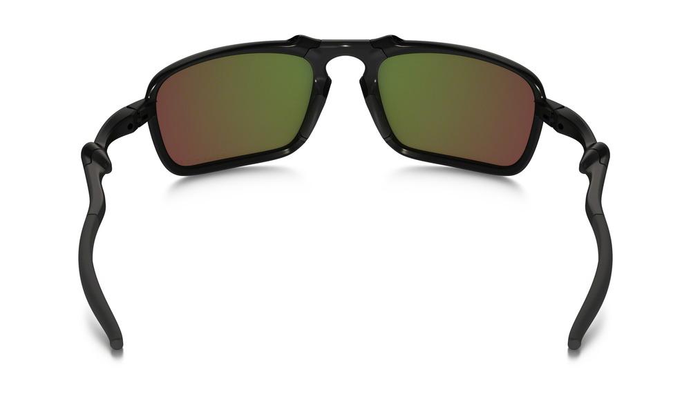 c9f74bb65a Oakley Badman® Dark Carbon Ruby Iridium Polarised — King Sunglass