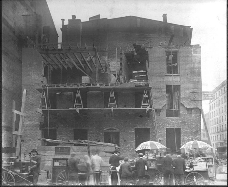 54 Pearl Street during 1906 restoration underway