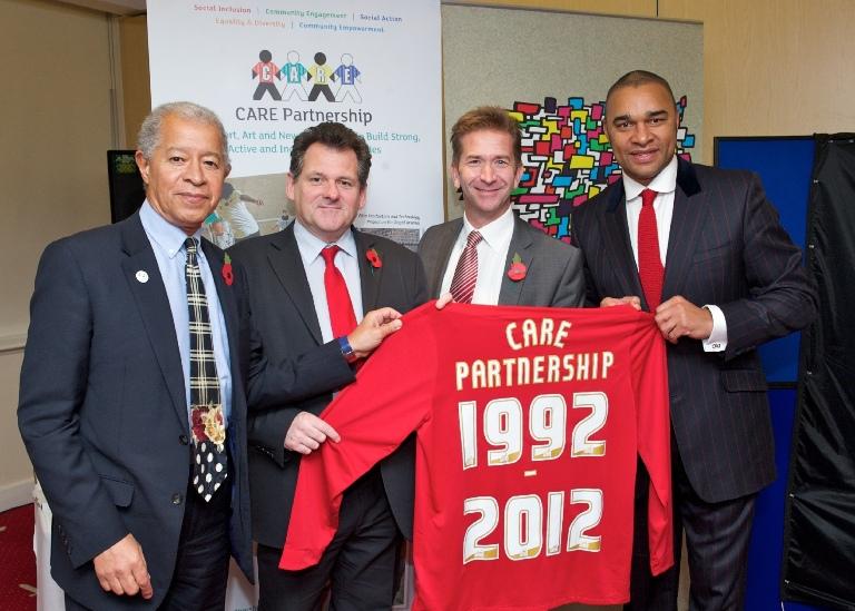 CARE---Holding-Shirt---HO-CR-MS-PE---3-Nov-2012.jpg
