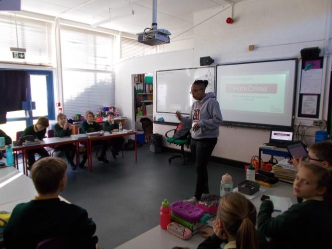 Lenham Primary 1.jpg