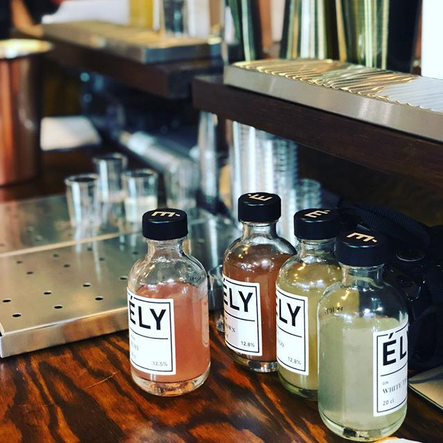 Raising the bar with Ely  #elyscocktail #readytodrink #handcrafted #cocktail #madeinparis #mixologists #drinkbetter
