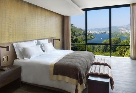 Quinta_Panorama_Suite_bedroom_[6145-LARGE].jpg