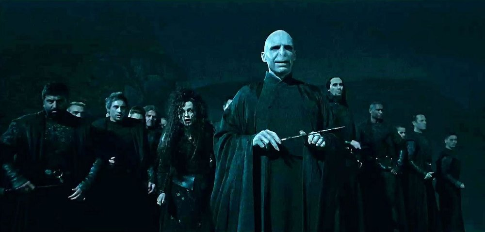 Lord_Voldemort_&_the_Death_Eaters.jpg