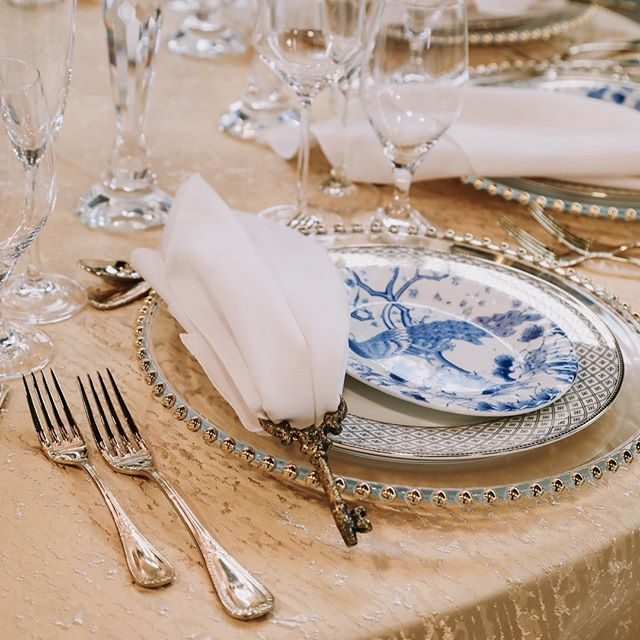 Thank you for the amazing photography, Amanda Noël Photography & Makeup! Here are some great close-ups of the dinner table setting at BESWOON.