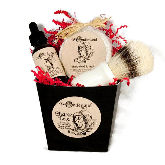 Men's Shaving Set Gift Box - Wonderland Bath & Beauty • $25