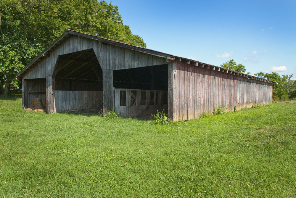 A Rustic Barn in Bells Bend Park