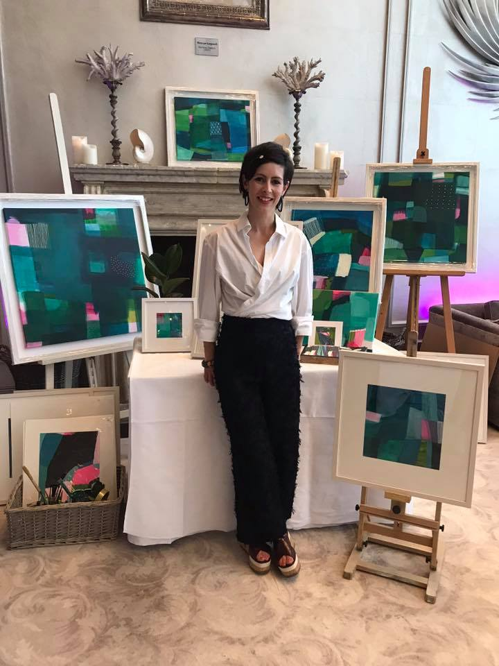 Wow  Tory Irvine art  such stunning pieces. A beautiful and talented lady, thank you Tory for your support  #SparkleatTheg  (Photo:  Mini Media )
