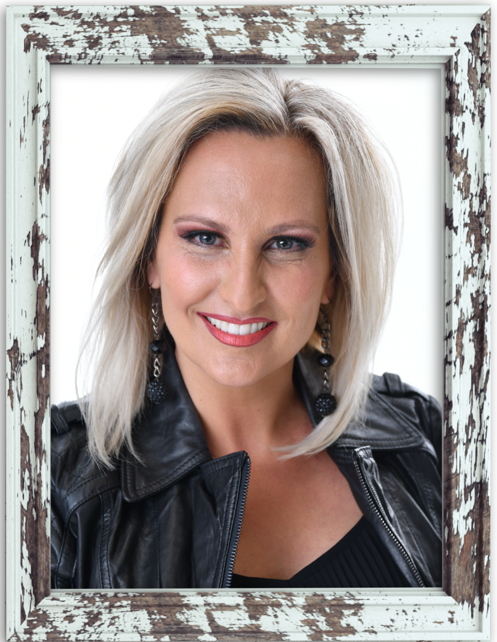 CHRISTINE MARTIN - CHRISTINE IS KNOWN FOR HER UNCOMPROMISING STYLE...POWERFUL, EDGY, GRACED & YET TENDER AS SHE SPEAKS TO MEN AND WOMEN ACROSS THE GLOBE. SHE IS PASSIONATE ABOUT EMPOWERING INDIVIDUALS TO LIVE A LIFE OF INFLUENCE AND PURPOSE. CHRISTINE RESIDES IN SUNNY ORLANDO, FLORIDA WITH HER HUSBAND, DAVE AND SON, SOLOMON.