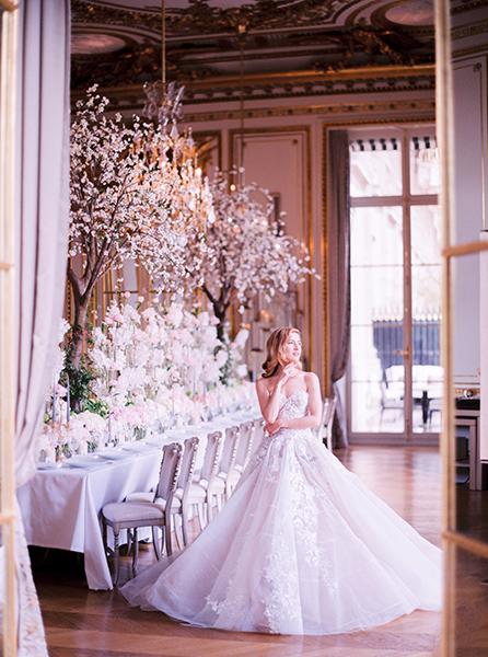 travellur_slow_travel_rendezvous_with_audrey_retreat_paris_luxury_wedding_dress_photoshoot