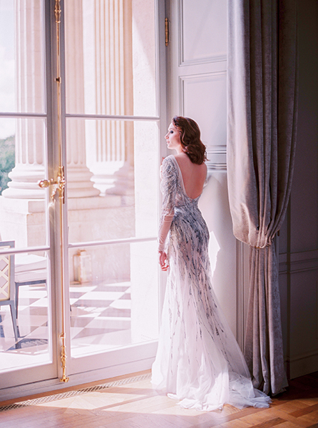 Travellur_Le_Secret_D_Audrey_CRILLON_slow_travel_photography_shoot_paris_beauty_dress_wedding_galia_lahav.jpg