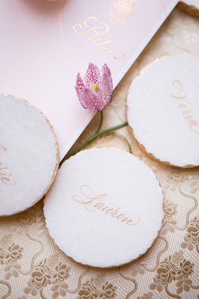 travellur_slow_travel_photoshoot_paris_Le_Secret_D_Audrey_ritz_wedding_flowers_anne_vitchen_beauty_lux_gold_caligraphy.jpg