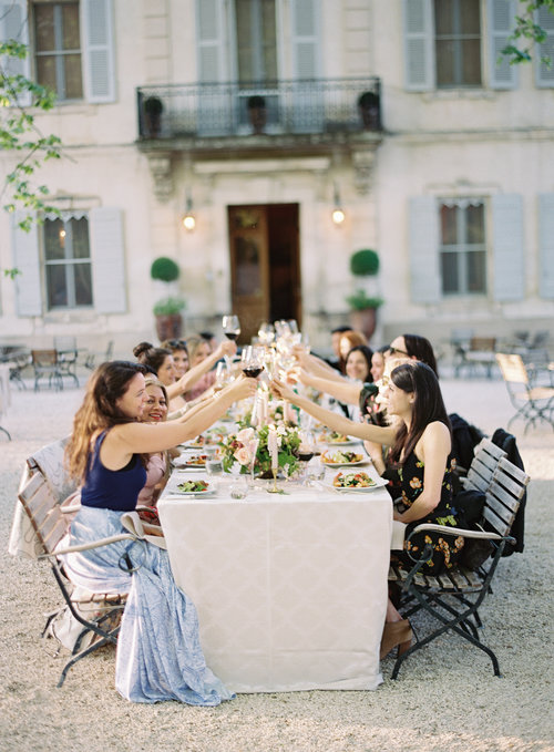 travellur_slow_travel_photoshoot_france_provence_flowers_Florals_Myrtle&Olive_Stylist_Joy Proctor_retreat_guests