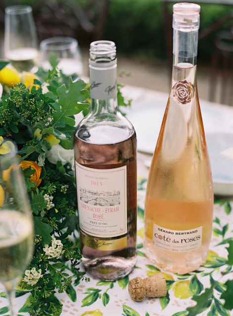travellur_slow_travel_photoshoot_france_provence_flowers_Florals_Myrtle&Olive_Stylist_Joy Proctor_wine_vineyard