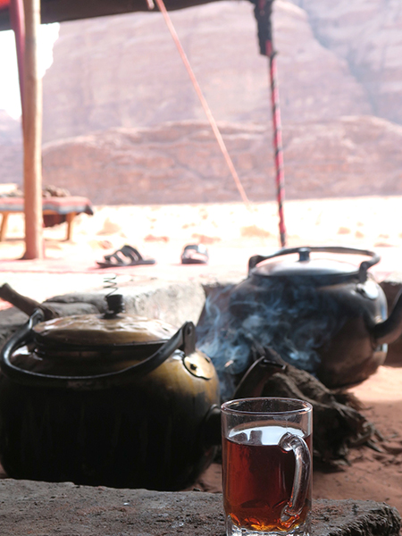 travellur_slow_travel_destination_jordan_mint_tea_Bedouin_camps.jpg