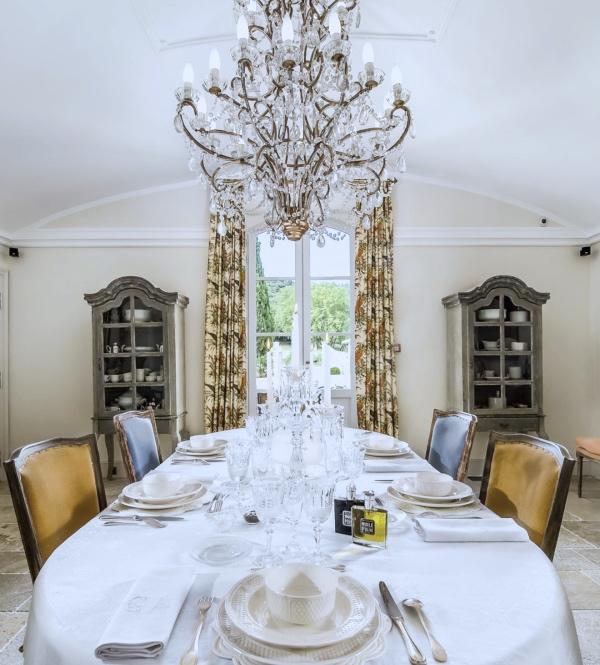 luxury_private_wedding_venue_provence5_Fotor.jpg