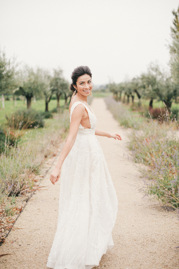 travellur_slow_travel_still55_photography_shoot_france_provence_closstesteve_wedding_dress_eisen_stien_bridal_joseph_rogero_photography.jpg