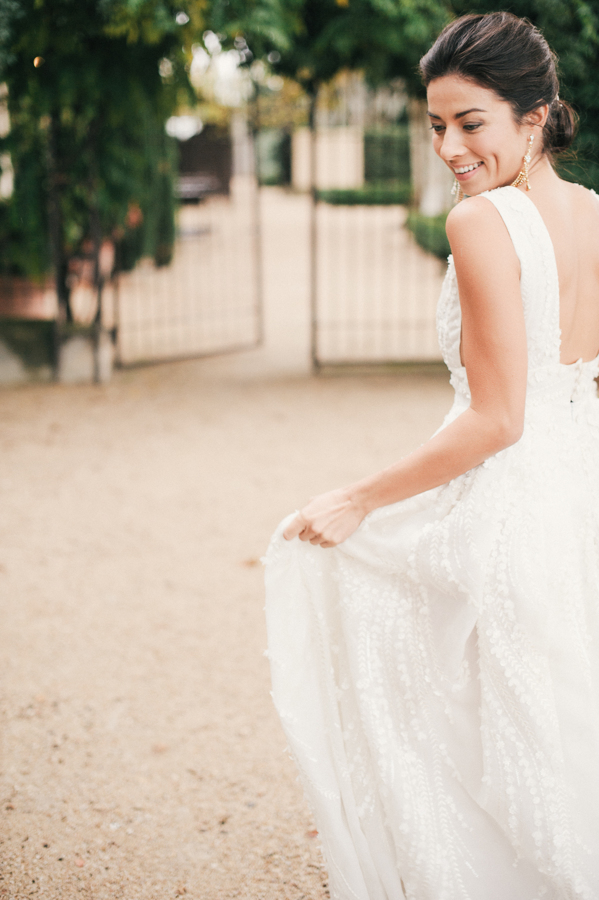 travellur_still55_photography_shoot_france_provence_closstesteve_wedding_dress_eisen_stien_bridal.jpg