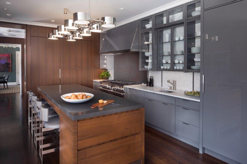 kitchen towards dining.jpeg
