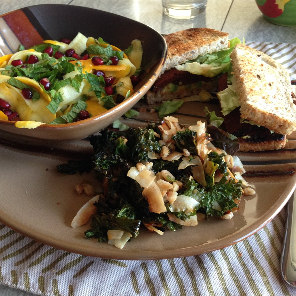 Five-Prana_Ayurvedic-Recipe_Kale-Chips1