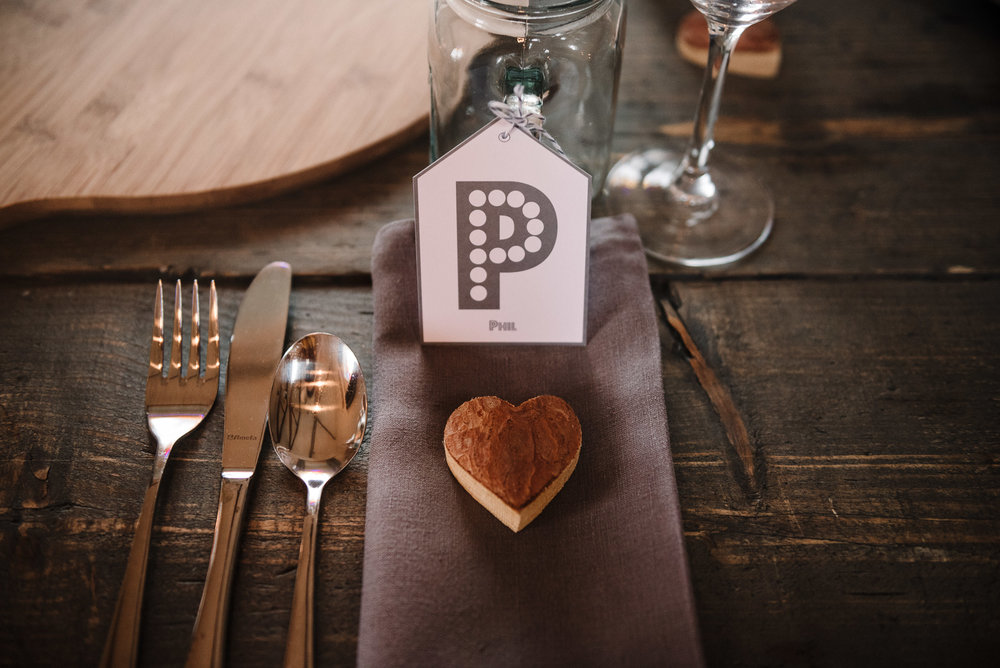 Rustic place setting. Elopement wedding photography