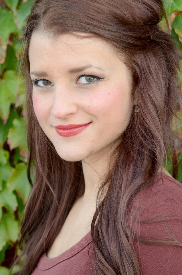 Katie Bakalars (Mera)