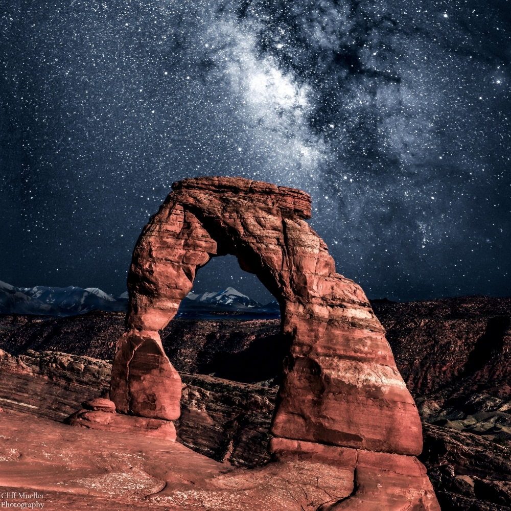 Delicate Arch at Night _Mueller (Custom).jpg