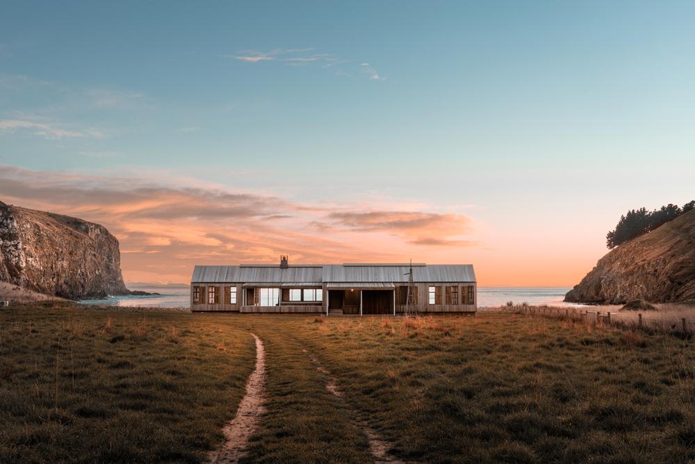 New Zealand Annandale Scrubby Bay.jpg