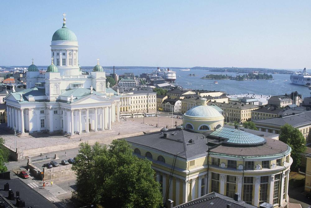 Visit Finland Tuomiokirkko.jpg