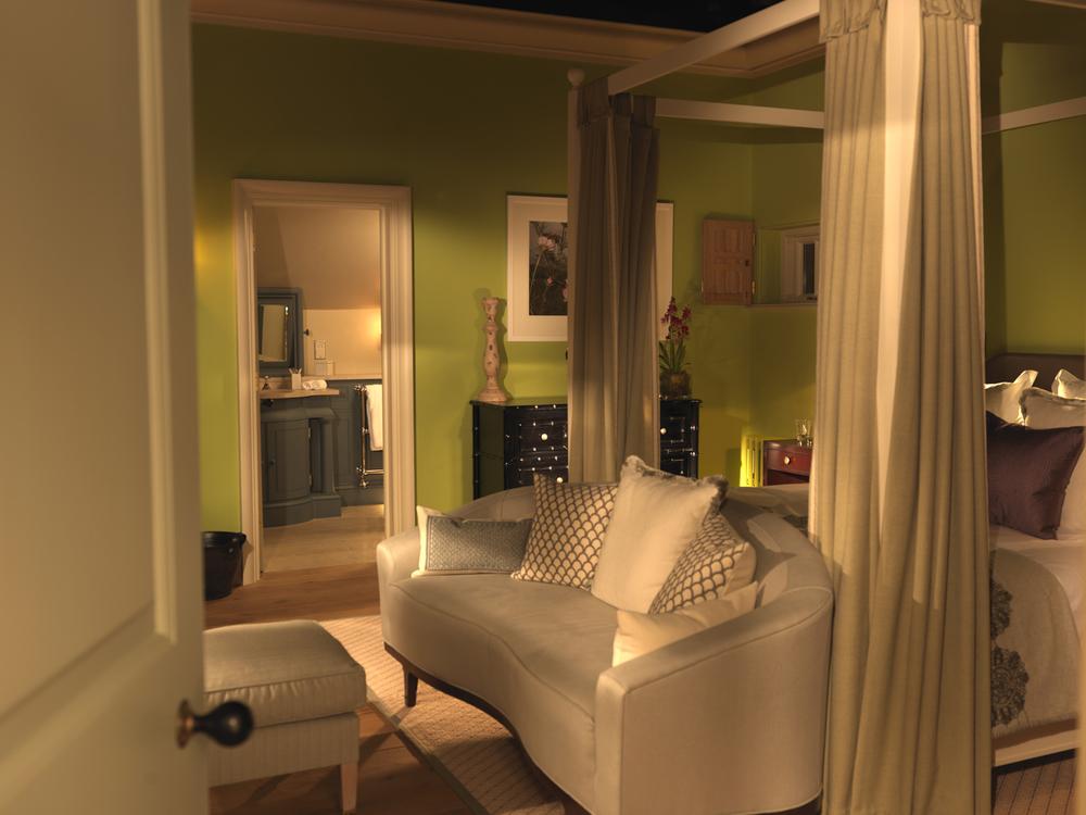 Lime Wood Pavillion Bedroom.jpg