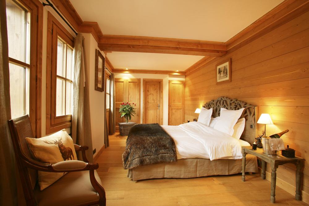 Portetta Chalet Chamois Bedroom.jpg
