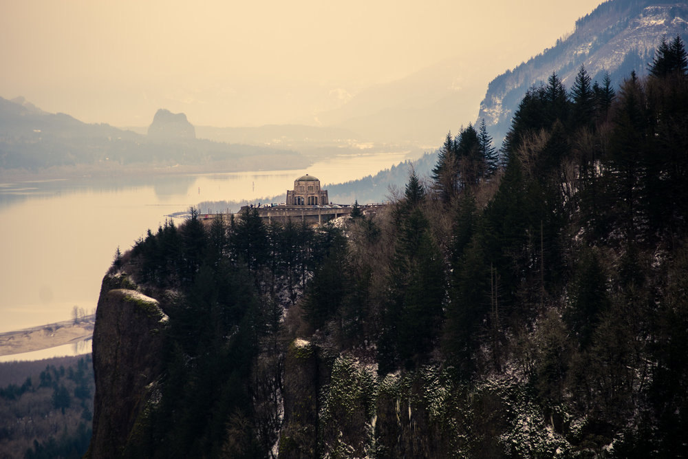 Vista House on Historic Columbia River Highway from the Portland Women's Forum Viewpoint.