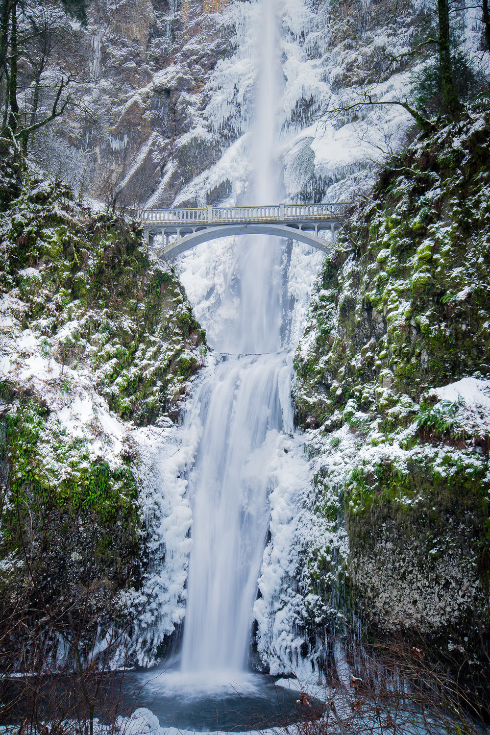 Multnomah Falls Vertical