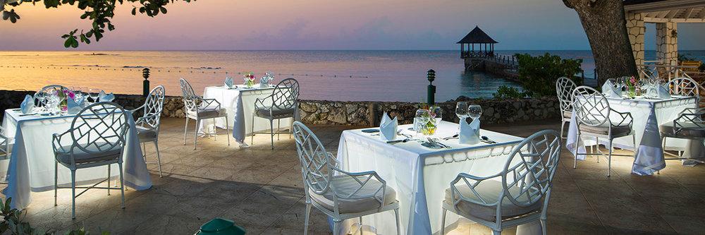 beach-restaurant-dinner.jpg